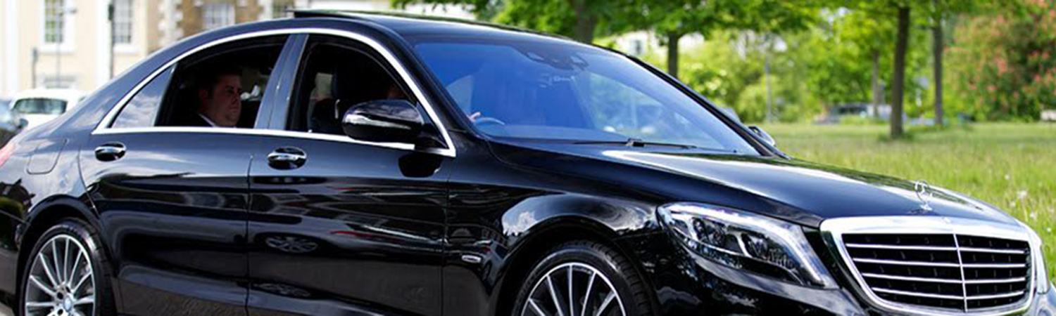 Elite GTA ,Elite GTA  Airport Limousine, Elite GTA  Airport Transportation,  Airport Limousine,  Airport Transfers, Pearson airport transport, Pearson airport limousine, pearson airport ,  Toronto Airport limo, Toronto Airport Taxi, Pearson Airport Limo,  Airport Limo, Airport Limousine, Airport Limo Toronto, Airport Limousines Toronto